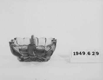 1949.629.2 (RS119744)