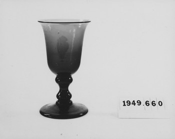 1949.660.2 (RS119773)