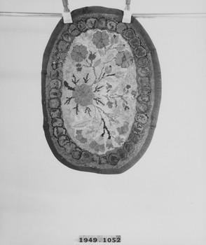 1949.1052 (RS120135)