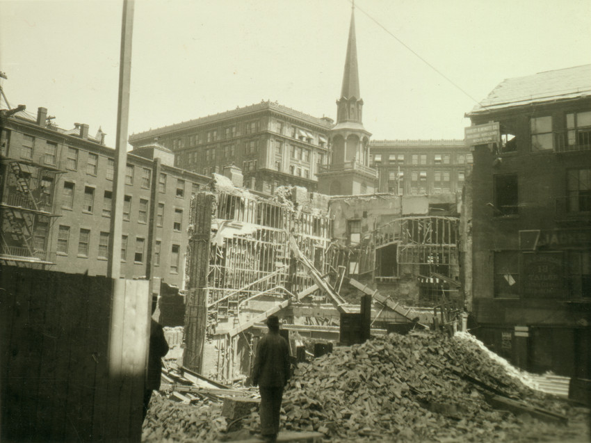 View of the Old South Meeting House from Province Court, Boston, Mass., 1922
