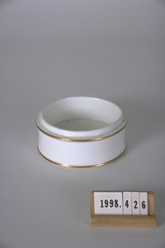 1998.426 (RS22947)