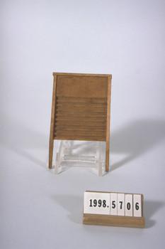 1998.5706 (RS23906)