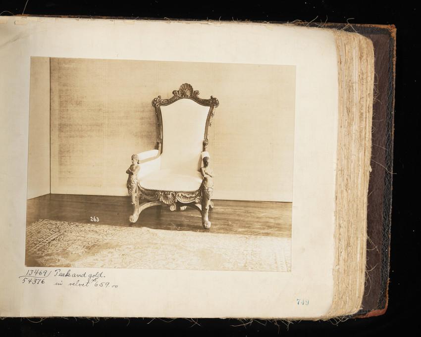 Arm Chair #13469 / 54376