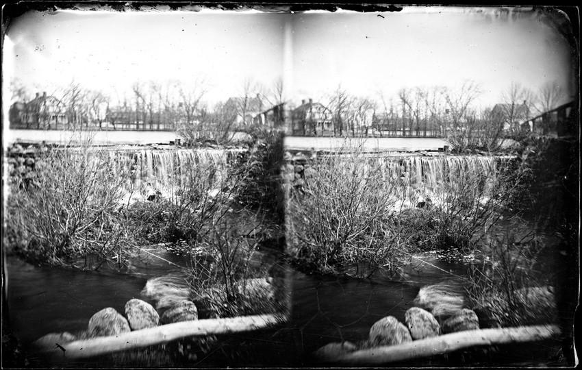 View of waterfall/dam