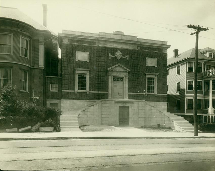 Exterior view of the Boston Young Men's Hebrew Association Gymnasium, Humboldt Ave., Roxbury, Mass.