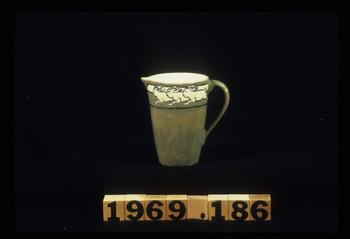 1969.186 (RS33323)