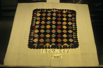 1969.562 (RS34372)