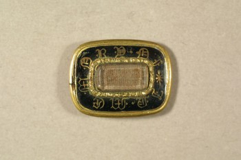 2007.15.40 (RS9375)